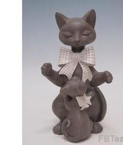 6632 Кошка с котенком